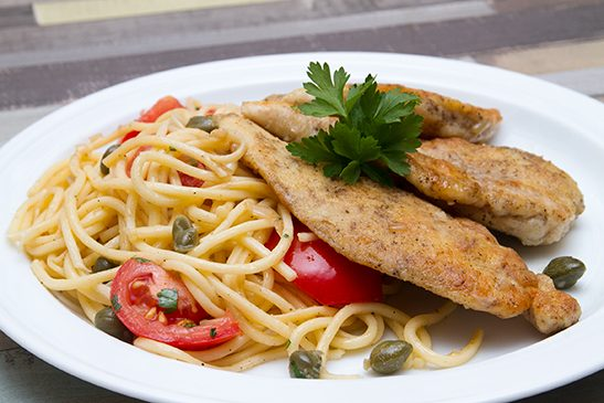 Csirke piccata citromos kapribogyós spagettivel - Chefbag