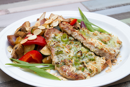 Blue cheese pork chops with almonds grill vegetables - Chefbag