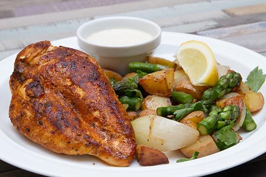 Fűszeres csirke steak spárgás újkrumplival - Chefbag