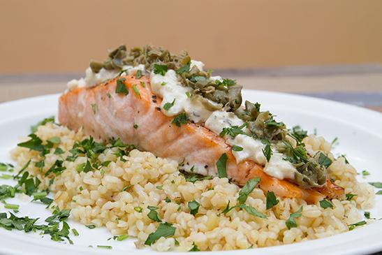 Caper salmon with horseradish sauce - Chefbag