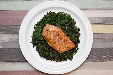 Kacsamell spenótos lencsével - Chefbag vacsoracsomagok