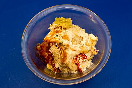 Thai halpogácsa korianderes káposztasalátával - Chefbag
