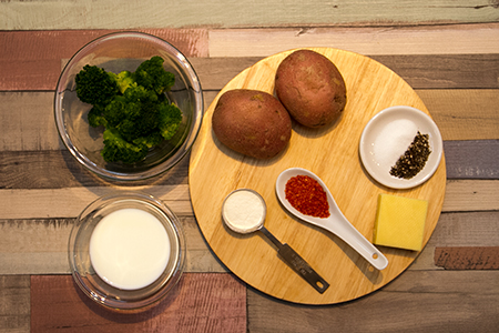 Cheddar sajtos töltött krumpli - Chefbag